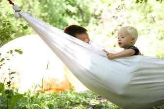 http://outsidemom.com/2011/05/make-your-own-hammock/
