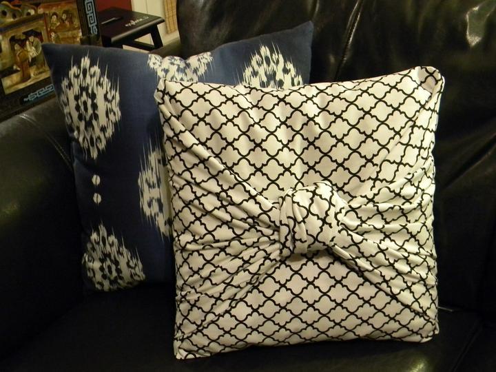 Recyklované a iné nápady ♻ - http://organizeyourstuffnow.com/wordpress/the-easiest-pillow-cover-ever