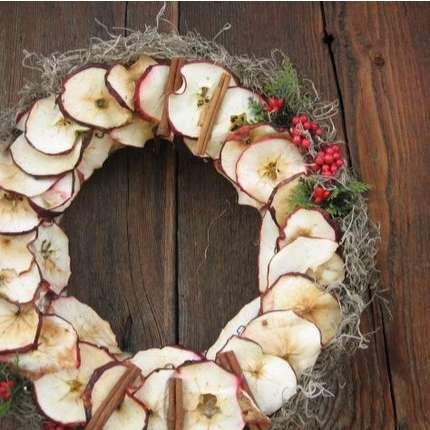 Natural christmas (aké dekorácie si môžeš vyrobiť sama:) ☃ - stačí nasušiť jablčka čo máme na záhradkách:)