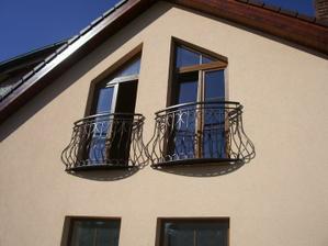 miesto jedneho z balkona dame na okna taketo zabradlie :)