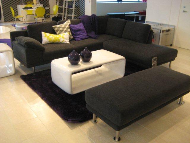 Príprava na bývanie ;-) - túto sedacku by som brala všetkými desiatimi...presne takú chceme :) a aj ten stolík žeriem ;-)