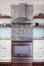 Takto chcem obklad za digestor v kuchyni ;-) trblietavy ;-)