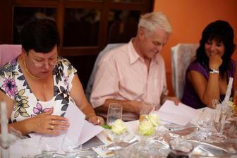 Čtení svatebních novin - velký úspěch...