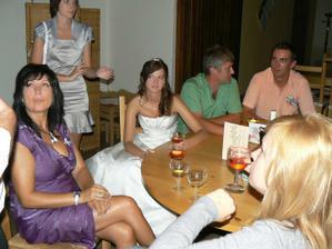 únos do vinárny na skvělé slámové víno :-)