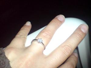 moj krasny snubacik s diamantikom :)