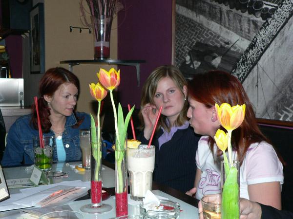 Stretnutie v Bratislave 19.5.2005 - michelle, katulienka, rajcalu