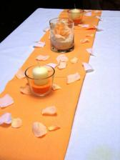 a asi i svíčky na stůl
