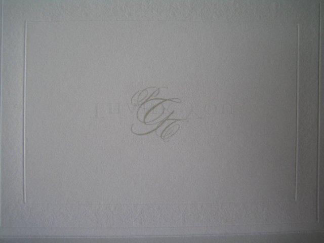 Wedding Royale - dovnutra na vrchnu cast karty sme si dali svoje svadobne logo - trojinicialu, po bokoch podla nasich krstnych mien, v strede podla nasho spolocneho priezviska