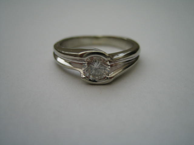 Wedding Royale - moj zasnubny prstienok