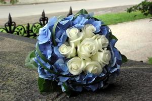 Tato kytice je předlohou pro mou svatební kyti, uvidíme jak se k tomu postaví květinářka - už je objednaná.