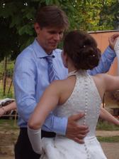 Náš první novomanželský tanec.