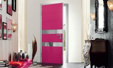 Rúžové dvere? Prečo nie :)
