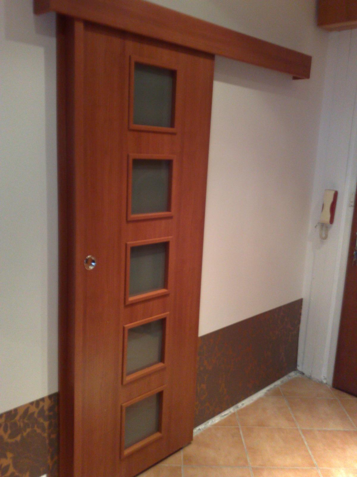 2v1 - Posuvné dvere farba višňa