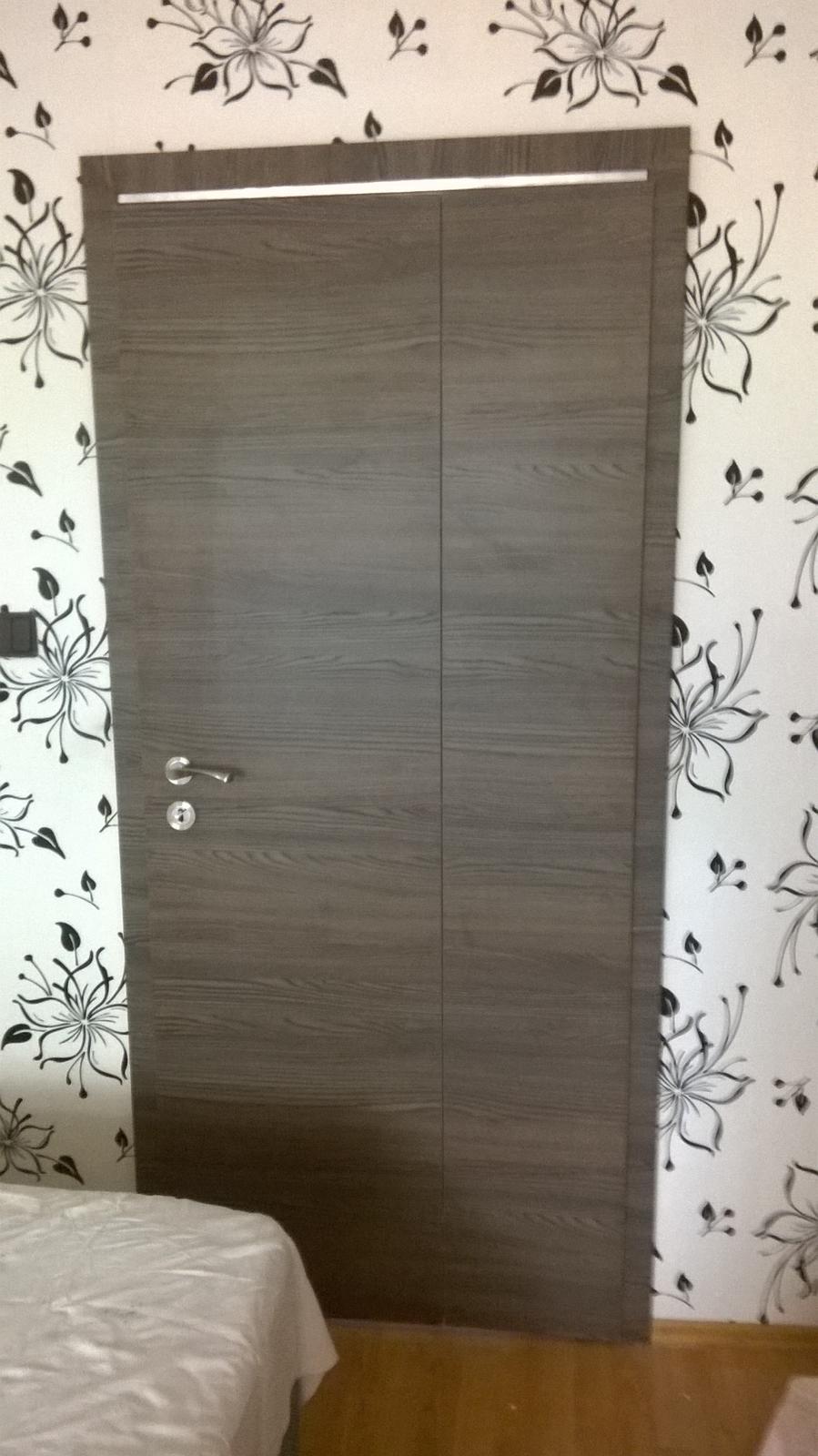 2v1 - Montáž interiérových skladacích dverí Alfa