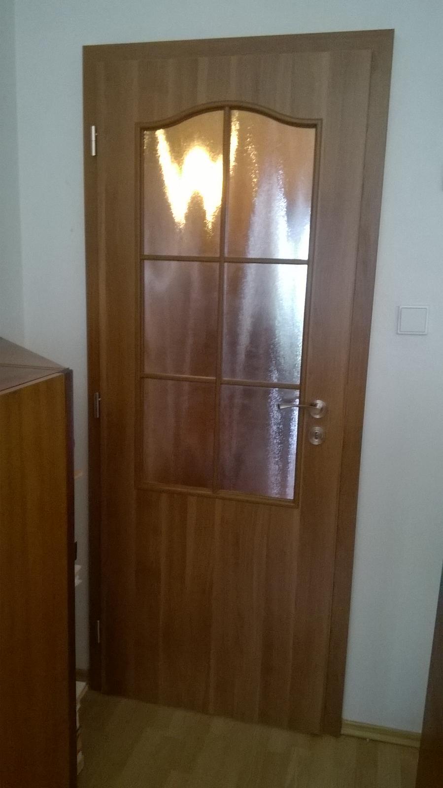 2v1 - Montáž interiérových dverí Porta Decor a obloženie kovovej zárubne