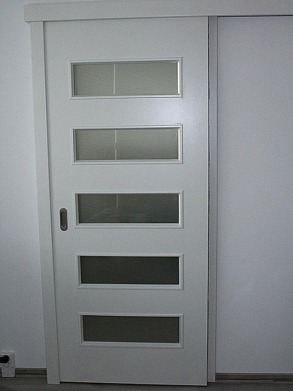 Nadčasové biele dvere - Obrázok č. 14