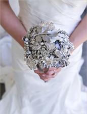Winter wedding brooch bouquet