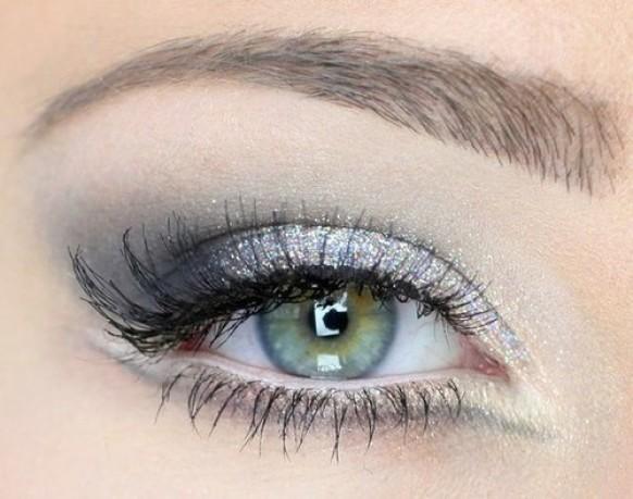 Wedding hair and make up ideas - Wedding eye colour - glitter