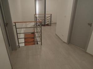 chodba na hornom poschodi