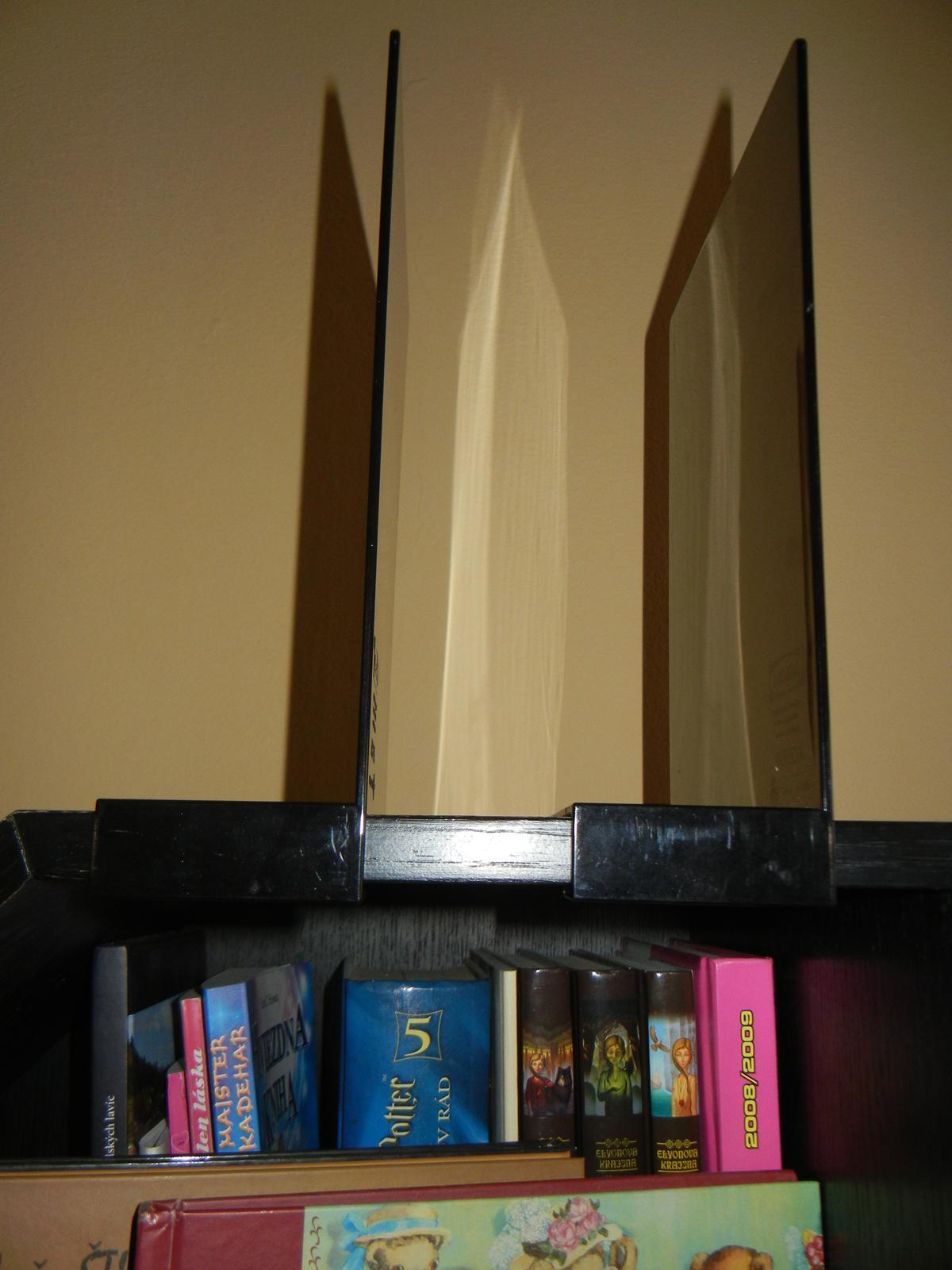 Ikea policová zarážka na knihy - Obrázok č. 3