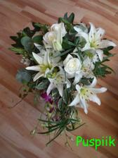 zatím jen foto mojí kytice...