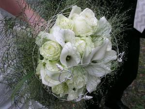 Opět kytice nevěsty