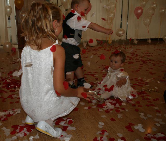 Tužba po dokonalosti - deti sa išli zblázniť z nášho srdiečkového ohnostroja a potom z balonov