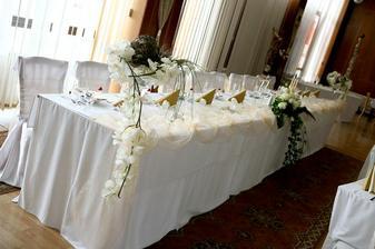 nas svadobný stol... hodiny a hodiny priprav...