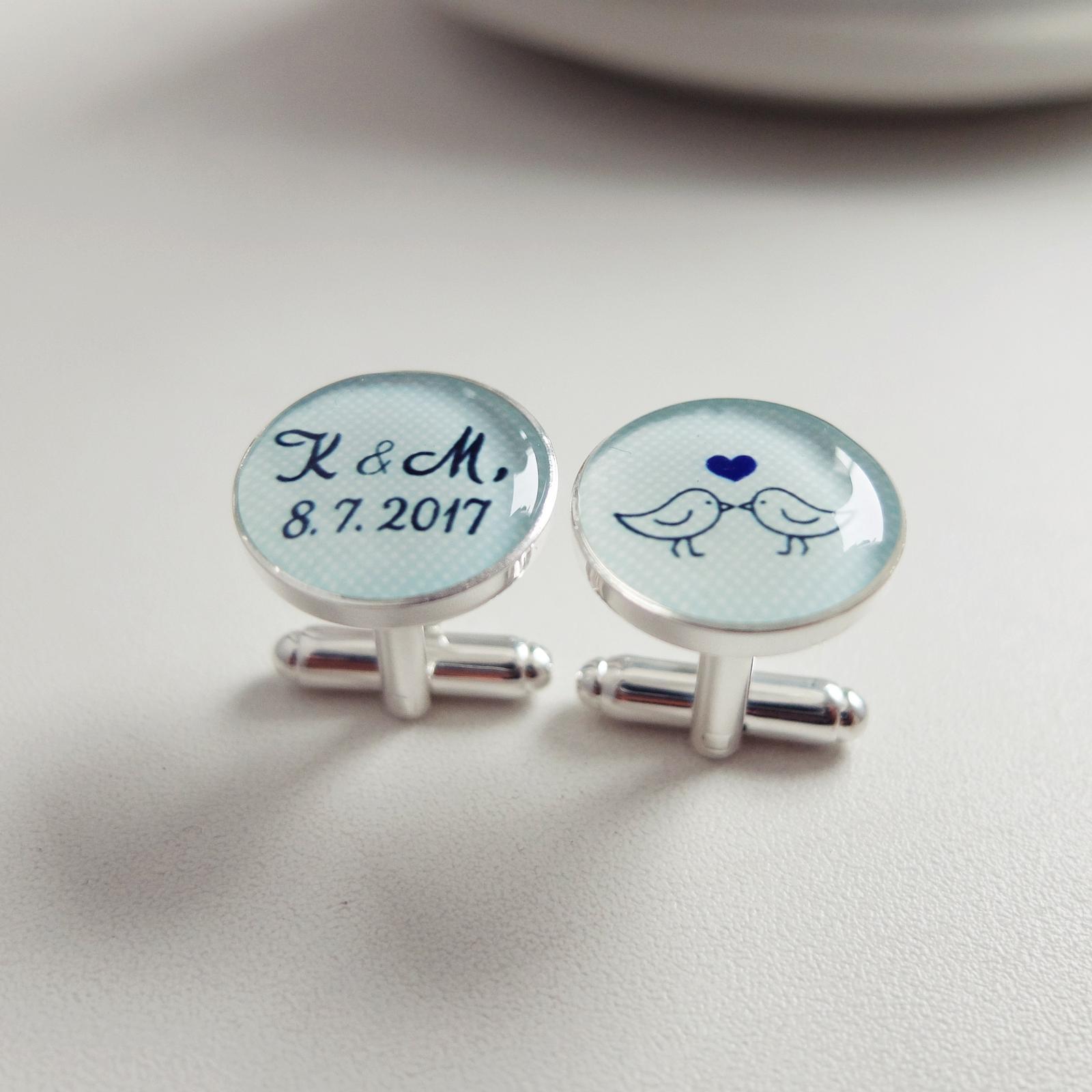 Svatby roku 2017 - manžetky s jemnými mint puntíčky na červencovou svatbu ! Pro návrh vlastního šperku na přání využijte náš formulář na eshopu: http://bit.ly/_sperky_na_prani