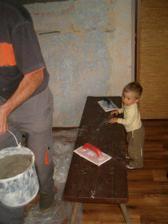 Náš malý stavbyvedoucí :-)