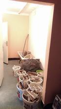 drobný stavebný odpad z kúpeľne :-)