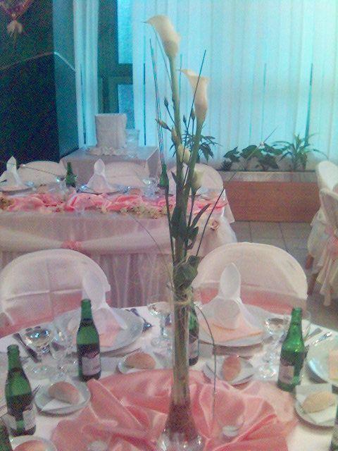 Co uz mam - vaza na stoly ale ruza
