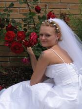 Nevěsta s růžemi