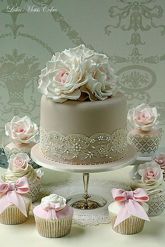 Torta a taaaak... - Obrázok č. 10