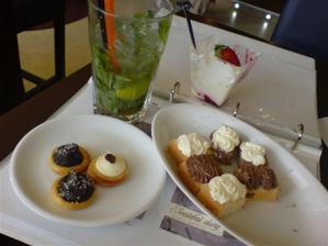 krásné pohodové dopoledne v Kladně při výběru svatebního dortu, ochutnávka možných variací v ceně :)))