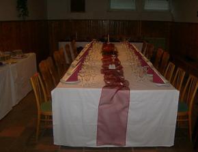 náš slávnostný stôl na zasnubách