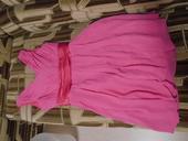 Krátke ružové šaty,