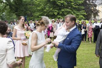 Svatebčané jsou krásně naměkko :-)