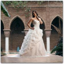 divina sposa laora