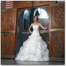 divina sposa kaiss