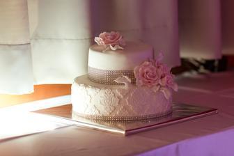 Vybrala som sem najkrajšiu tortu akú sme dostali :-)