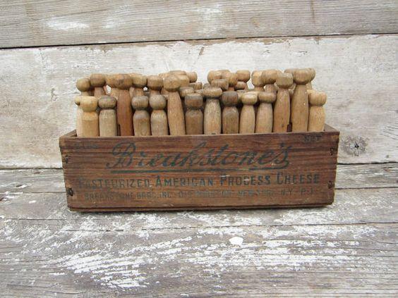 Debničky, drevo - Inšpirácie - Toto je paráda. Krpaňa má také štipce, musíme jej niečo takéto vyrobiť :)