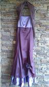 Dlhé fialové šaty, 38
