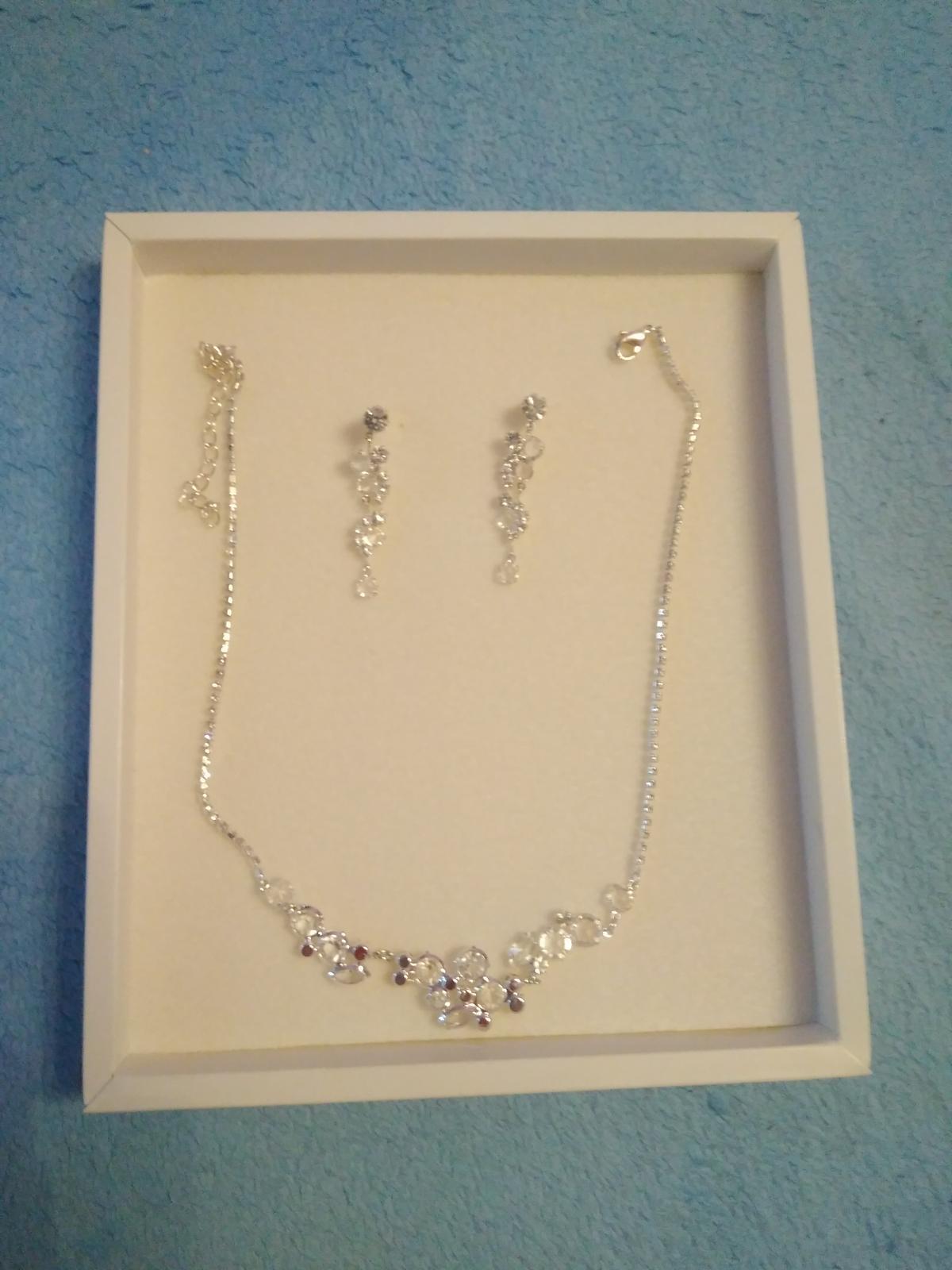 Súprava náušnice a náhrdelník - Obrázok č. 1