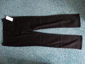 Černé společenské slim kalhoty Mango vč. visaček, 38