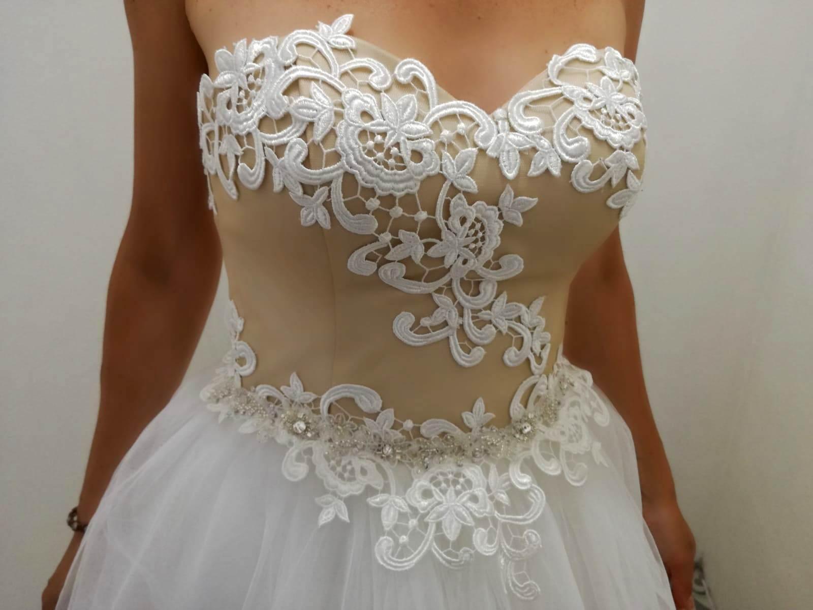 šaty z Irian Sam - Obrázok č. 2
