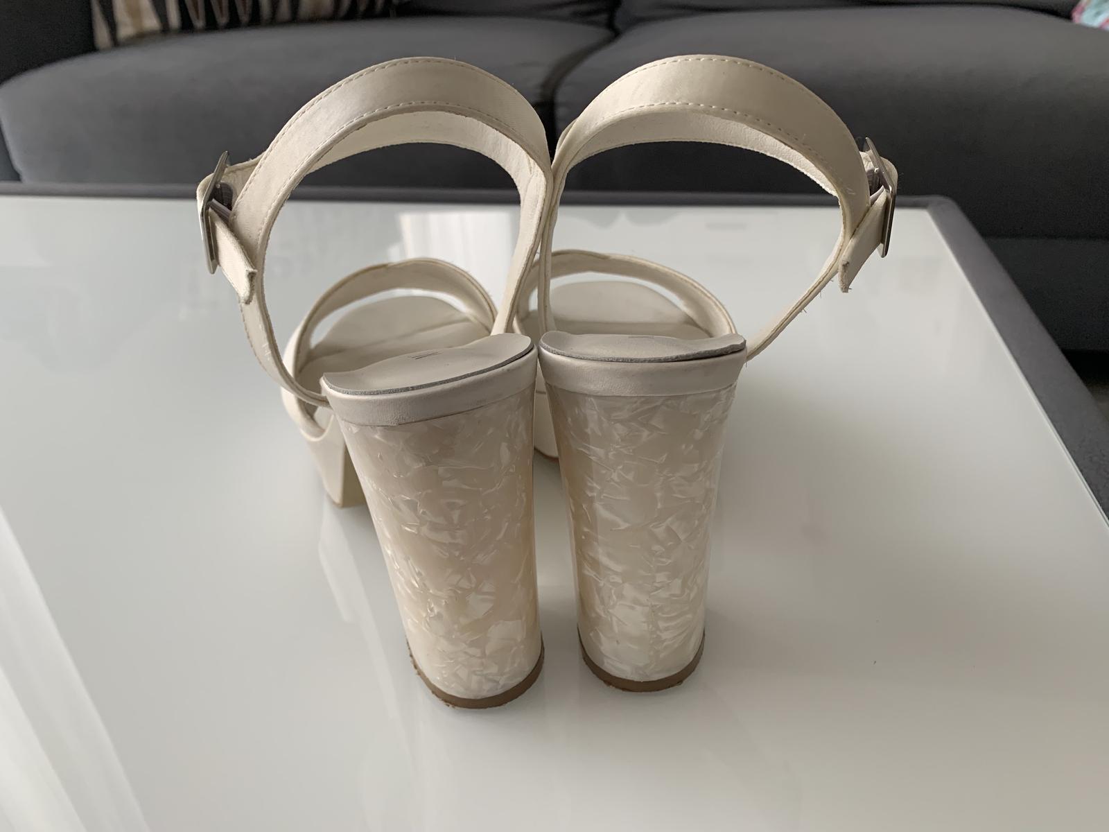 Svatební boty Menbur velikost 38 - Obrázek č. 2