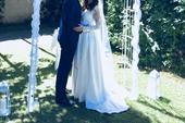 Originální ručně šité svatební šaty, 36
