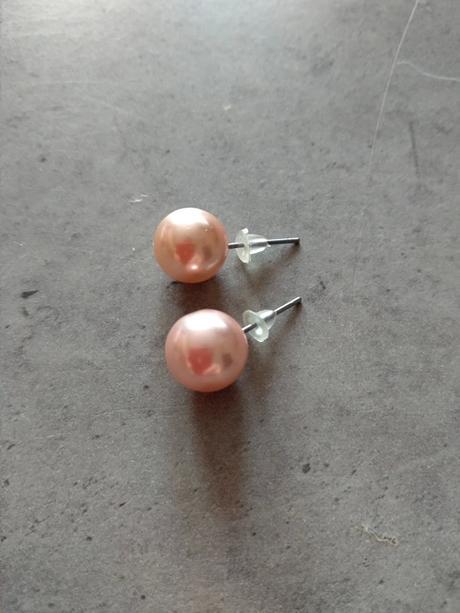 Starorůžové kuličky do uší - Obrázek č. 1