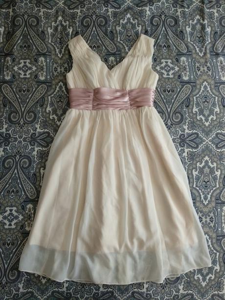 Krásné romantické šaty. - Obrázek č. 1